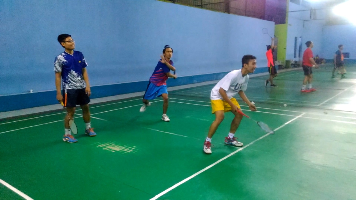 Badminton triple.Still001
